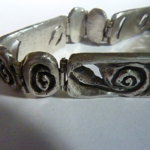 chunky hinged spiral bracelet